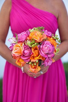 pink and orange bridesmaid bouquets ideas