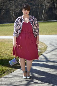 Plus Size Fashion - Curvy Claudia: Happy Women's Day - Dress: Evans  Jacket: Boohoo