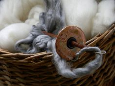 Spinning yarn. Photo only. No info but pretty:)