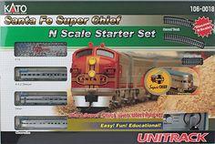 Santa Fe Super Chief Starter Set -- Santa Fe (silver) (381-1060018) -- Walthers Model Railroading