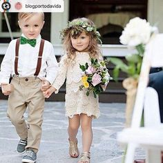 Take a look at some of the best vintage wedding dresses and vintage bridesmaid dresses for a stunning boho wedding. Wedding Goals, Boho Wedding, Dream Wedding, Wedding Day, French Wedding, Kids In Wedding, Party Wedding, Wedding Rings, Garden Wedding
