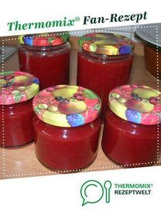Erdbeer-Rhabarber-Marmelade von Onkel Otto. Ein Thermomix ® Rezept aus der Kategorie Saucen/Dips/Brotaufstriche auf www.rezeptwelt.de, der Thermomix ® Community.