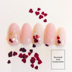 バレンタインネイル#デート #バレンタイン #ピンク #ハートホロ|ネイルデザインを探すならネイル数No.1のネイルブック