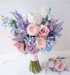 Purple Wedding Bouquets, Prom Flowers, Bride Bouquets, Bridal Flowers, Flower Bouquet Wedding, Floral Wedding, Beautiful Flowers, Lilac Bridesmaid, Flower Bookey