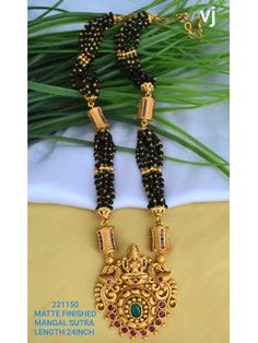 Gold bijou happens to be the best example of class and we possess a large selection of good jewellery styles. New Gold Jewellery Designs, Gold Mangalsutra Designs, Gold Bangles Design, Gold Earrings Designs, Necklace Designs, Indian Jewelry Sets, Beaded Jewelry, Gold Jewelry, Maharashtrian Jewellery