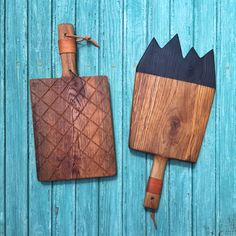 Oak serving / cutting boards , grid & mountains Wooden Boards, Wooden Decor, Cutting Boards, Handmade Wooden, Cookware, Grid, Shabby, Artisan, Carving