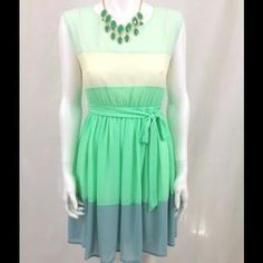 I just discovered this while shopping on Poshmark: Short Sleeve Color Block Dress With Waist Tie mint. Check it out!  Size: L