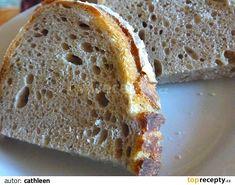 K rozkvašenému kvásku přidáme zbytek surovin a vymísíme těsto, které necháme kynout. Stačí, když svůj objem zvětší o 50%, pak můžeme vytvarovat... Banana Bread, Food, Essen, Meals, Yemek, Eten