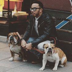 Lewis Hamilton with Roscoe and Coco Lewis Hamilton Formula 1, Bulldog Pics, Bulldog Images, Hamilton Wallpaper, Me And My Dog, British Bulldog, George Michael, Mans Best Friend, Instagram Fashion