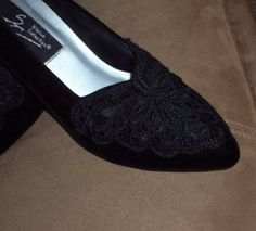 Black Heels Suede Peek-A-Boo Mesh Toe Floral Lace Embroidery Pumps