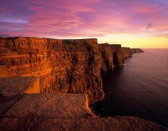Cliffs of Moher - Amazing Cliff!