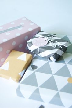 FREE printable gift wrap and tags for christmas on a little birdy blog!