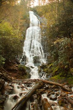 See 10 Beautiful North Carolina Waterfalls On This Weekend Trip Smoky Mountain Waterfalls, Nc Waterfalls, North Carolina Waterfalls, Beautiful Waterfalls, Chimney Rock State Park, Cascade Falls, Waterfall Hikes, North Carolina Mountains, Smoky Mountain National Park