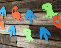 Banner de feliz cumpleaños dinosaurios por PartyPlanningMomma