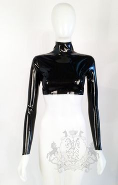 A classic long sleeve crop top with back zip. A great basic. Made with latex from England. Handmade in our Chicago studio. As Seen On Kylie Jenner. Chica Punk, Emo Dresses, Tight Dresses, Latex Fashion, Gothic Fashion, Long Sleeve Crop Top, Aesthetic Clothes, Fashion Outfits, Crop Tops