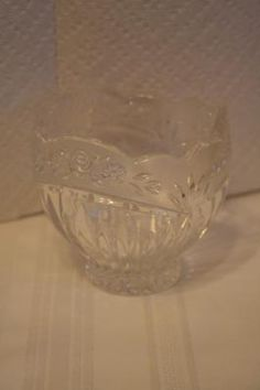 Crystal rose pattern candy dish/bowl