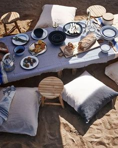 maybe we should have a sandbox in the backyard so we can have this picnic?!