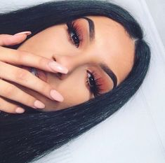 If you want to enhance your eyes and improve your good looks, finding the best eye makeup ideas can help. You need to be sure to wear make-up that makes you look even more beautiful than you are already. Cute Makeup, Glam Makeup, Pretty Makeup, Skin Makeup, Makeup Inspo, Makeup Inspiration, Beauty Makeup, Gorgeous Makeup, Makeup Eyeshadow