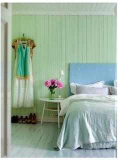 Mint walls in my room, deeper blue on the ceiling. Luxury Bedroom Furniture, Bedroom Decor, Design Bedroom, Furniture Sets, Deco Pastel, Estilo Interior, Headboard Designs, Headboard Ideas, Diy Headboards