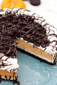 Double Layer Pumpkin Oreo Cheesecake | 43 Thanksgiving Desserts That Will Steal The Show
