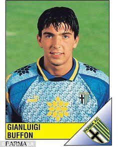 Hoy jugaría su partido  como profesional entre club y selección. Un histórico. Único