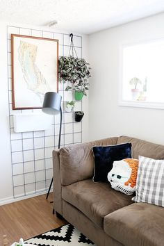 No Nails Needed: Wall Decor Ideas for Renters | Apartment Therapy