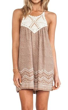 summer dress - would prefer a bit longer but I love this style and the crochet detail Cute Dresses, Cute Outfits, Summer Dresses, Vintage Dresses, Prom Dresses, Lingerie Look, Boho Chic, Boho Fashion, Fashion Outfits