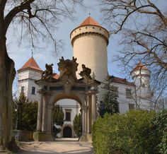 Konopiště Main Door, Czech Republic, Prague, Medieval, Places To Visit, England, Europe, Earth, Castles