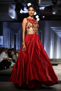 Shantanu and Nikhil 's Collection At Indian Bridal Fashion Week 2013