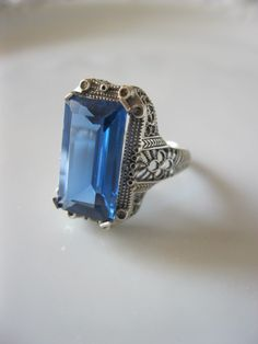 Antique Victorian Ring Sterling Silver Art Deco Mount with 7 Carat Blue Topaz