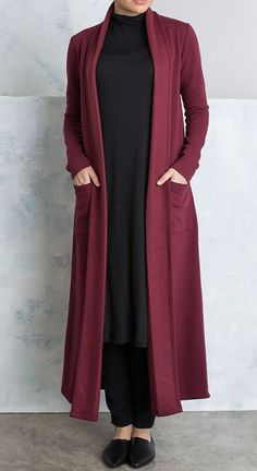 Shop the latest modest fashion : Plum Coatigan Abaya Fashion, Modest Fashion, Fashion Dresses, Hijab Style Dress, Hijab Chic, Habits Musulmans, Muslim Women Fashion, Outfit Look, Abaya Designs