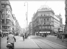 Vienna Mariahilfer Strasse 1930s Austro Hungarian, Vienna Austria, Old City, Historical Fiction, Middle Ages, Street View, London, History, Renaissance