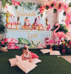 It's just way to hot in California right now but seem to know what to do. We love her tropical/flamingo party that she threw for her one year old. The backdrop and decorations are beautiful do you agree? Photo courtesy of . Girls Birthday Party Themes, Birthday Party Centerpieces, 13th Birthday Parties, Luau Birthday, Princess Birthday, Birthday Ideas, Flamingo Birthday, Flamingo Party, Summer Party Decorations