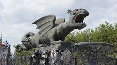 Lindwurm in Klagenfurt, Austria Garden Sculpture, Lion Sculpture, Klagenfurt, Austria, Dragons, Around The Worlds, Spaces, Statue, Outdoor Decor