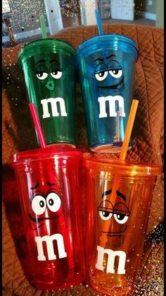 M&M tumbler cup Pick your color Copo Starbucks, Starbucks Tumbler Cup, Minnie Mouse House, Cowboy Cupcakes, M&s Chocolates, M&m Characters, Soda Can Crafts, Cute Water Bottles, Christmas Deserts