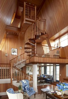 Relais Chateaux - Perched high up on the bluffs of Watch Hill, Ocean House is one of the last remaining oceanfront hotels in New England. Grand Staircase, Staircase Design, Rhode Island Beaches, Sweet Home, Ocean House, Beach House, House Stairs, Beautiful Hotels, Beautiful Gorgeous