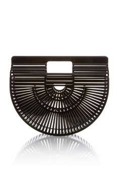 In A Bag Rut? Here's 10 Handbag Swaps To Strongly Consider+#refinery29