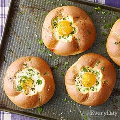 Egg in a Roll