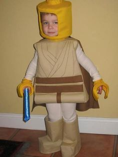 I figure it's never too early to think about next year, I'm sure I don't have the sewing talent for this costume!