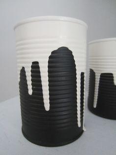 Tee-se-itse-naisen sisustusblogi: Paint Dipped Tin Cans
