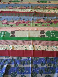 Quilt As You Go Strip quilt tutorial found at http://acuppaandacatchup.com