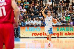 Basket Roseto Sharks-Verona 81-65: svolta al terzo quarto