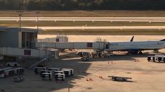 Screening of airport workers often lax - WTSP.com