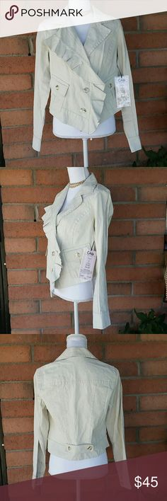 Cabi Carol Anderson By Invitation Linen Jacket NWT Cabi Carol Anderson By Invitation Linen Jacket size M. Tag reads   Blogger  Style 325,  Description Ruffle Up Jacket,  Color White Washed,  Fabric Content 100% Linen.  There is a small pink spot on back of collar *see pics* CAbi Jackets & Coats Blazers