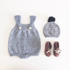 «Blev færdig med opskriften til denne romper idag  new romper pattern #nordiskstrik #handmade #knitting #strik»