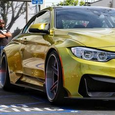 BMW F82 M4 yellow widebody