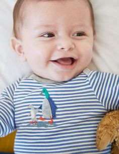 This charming three-pack of bodies in a matching bag makes an ideal present (or a treat for your little one). Each design is decorated with fun printed ducks, stripes and appliqués, while the soft cotton rib is gentle on your newborn's skin.