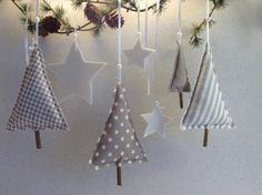 here I have a great Advent and Christmas decoration set for you Weihnachten Christmas Makes, Diy Christmas Tree, Christmas Projects, Winter Christmas, Handmade Christmas, Merry Christmas, Christmas Morning, Decoration Christmas, Xmas Decorations