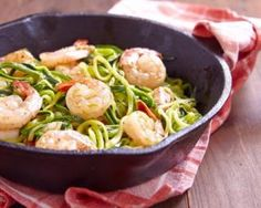 "foodffs: "" Simple Prawns and Zoodles Recipe Looking for an easy, healthy, low calorie recipe? Try this delicious prawns and zoodles dish! A main entree or side dish, it's the perfect treat for every. Zoodle Recipes, Seafood Recipes, Low Calorie Recipes, Healthy Recipes, Diet Recipes, Paleo Vegan Diet, Zucchini Spaghetti, Zucchini Noodles, Pasta Noodles"