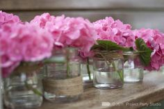 hortensias et pots en verre